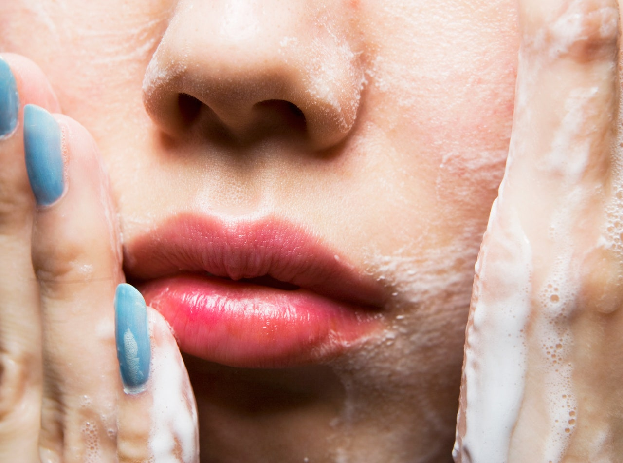 11 mistakes you are making with your daily skin care routine